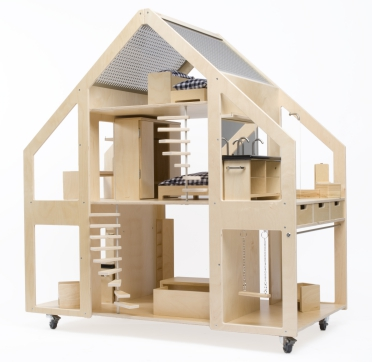 22ccb39b While thinking in large Liliane proposing a villa on wheels, perfect for  dolls and dolls play.